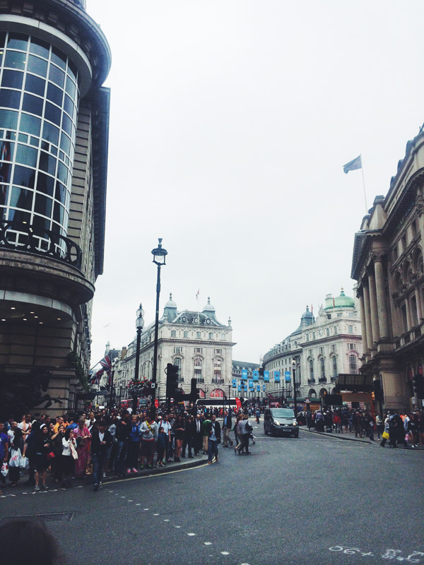 picadilly1