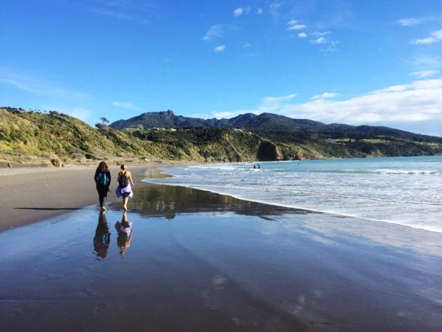 raglan-beach1