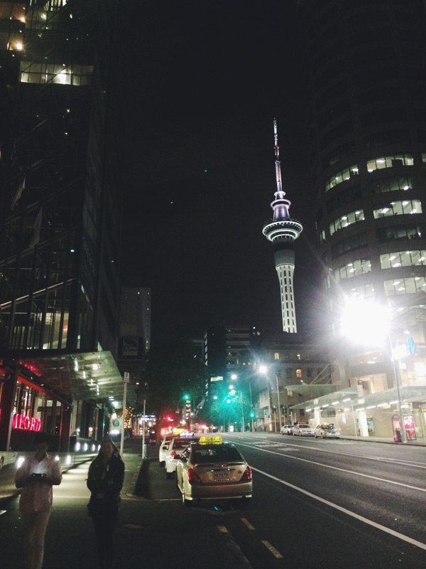 auckland-skytower-at-night